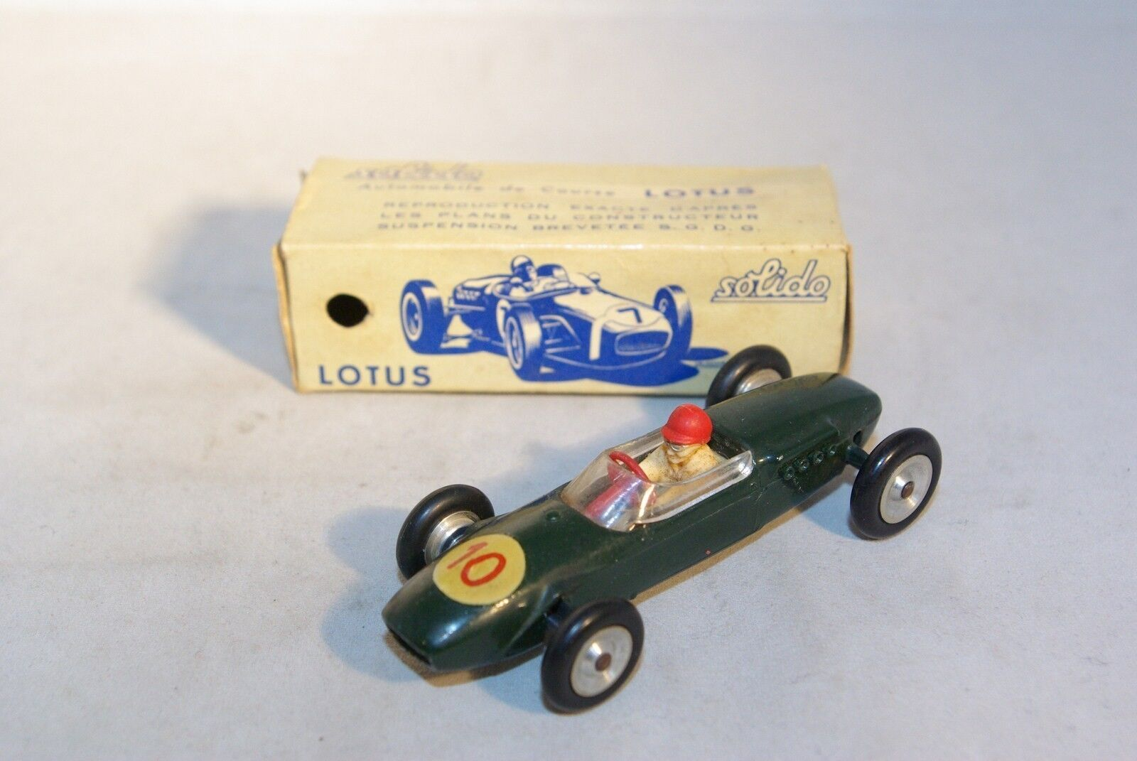 SOLIDO SERIE 100 118 LOTUS F1 RACING CAR VN MINT BOXED RARE SELTEN