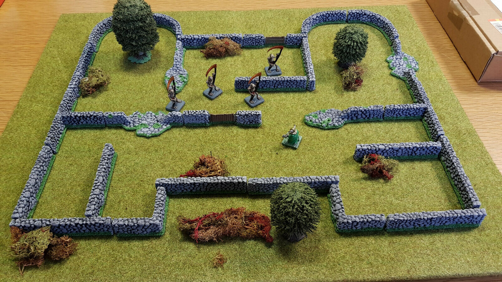 26 x 28mm Stone Walls for Table Top Wargames Warhammer Frostgrave Mordheim RPG