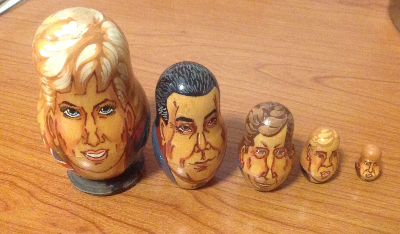 5Pcs Wooden Nesting Dolls Matryoshka Babushka Prince Charles Princess Diana