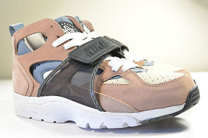 9e62e9a5ea4e DS NIKE 2002 AIR TRAINER HUARACHE ESCAPE BISQUE 10 MAX LIGHT 90 1 ...