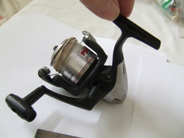 New Fishing Spinning Reel SHIMANO FX-4000 FB Freshwater Reel by Free Shipping