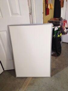 Mead-Dry-Erase-Board-Melamine-Surface-36-x-24-Silver-Aluminum-Frame