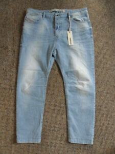 DIESEL-Eazee-relaxed-boyfriend-low-waist-jeans-size-W29-L30-light-blue-brand-new
