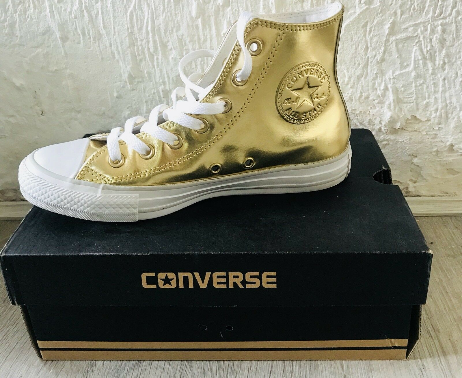 CONVERSE gold CHUCK TAYLOR ALL-STAR HIGH TOP Size UK 5 Eur 37.5