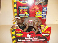 Jurassic Park 3--electronic Triceratops Re-ak-a-tak+extras+new Batteries