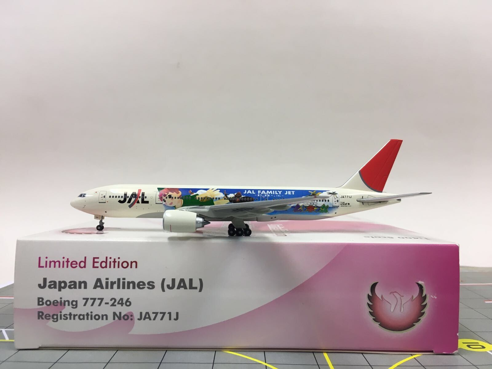 Limited edition phoenix 1 400 jal japan airlines - boeing 777-246 ja771j
