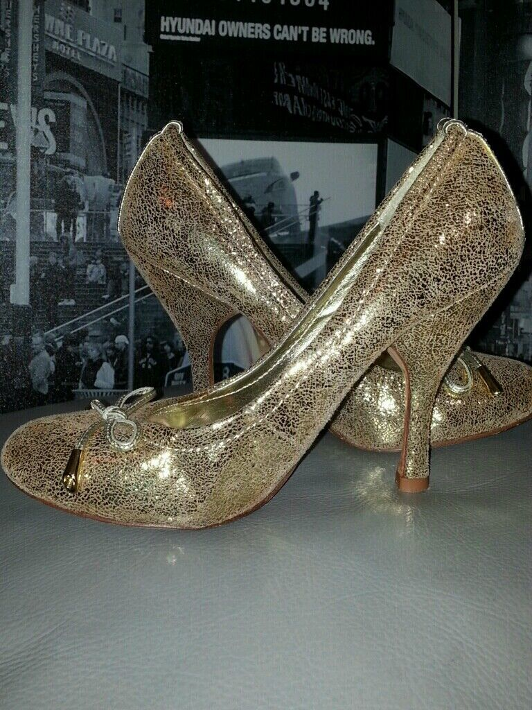 150 STEVEN STEVE MADDEN GOLD BRONZE DISTRESSED LEATHER PUMPS HEELS shoes 5.5M