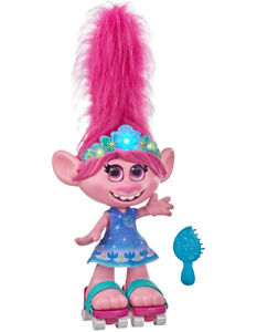 Trolls Dancing Hair Poppy Doll - Singing Doll with Moving Hair