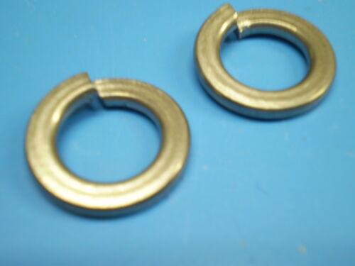 5 Sechskant Schrauben DIN 933 M7 x 45 mm *8.8* 5 Muttern 5 Federringe galZN