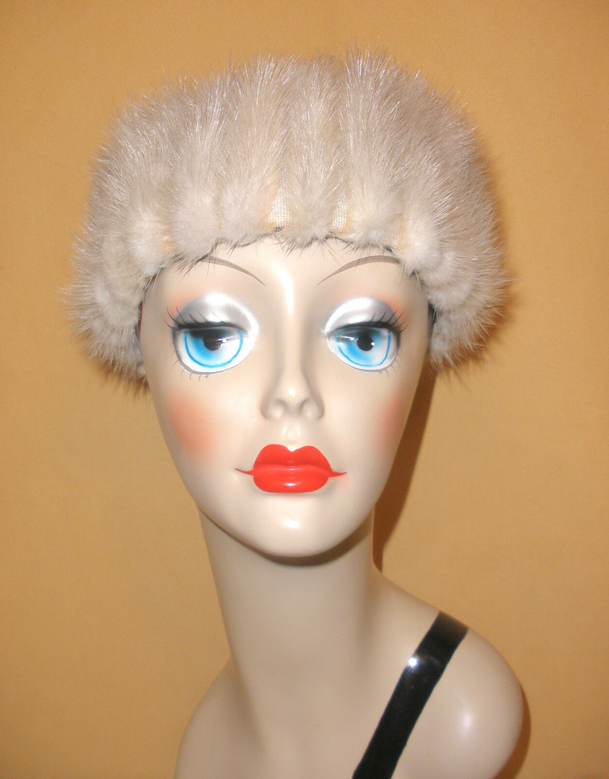 1960's Silver Mink Tailored Hat by Desi