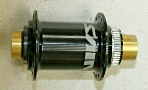 Shimano FH-M810 Saint 32 Hole x 135mm x 12mm Thru Axle Centerlock Rear Hub