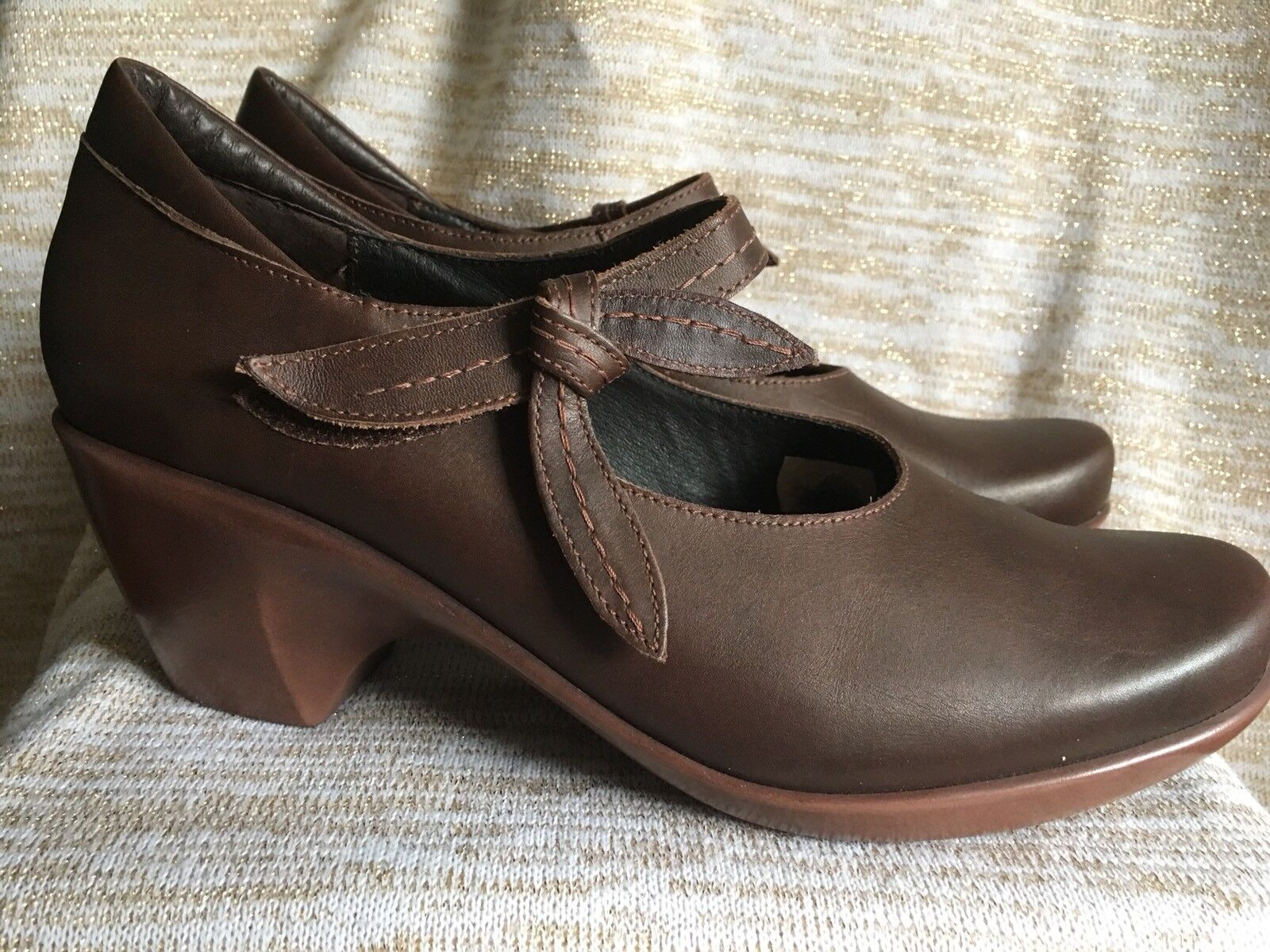NAOT PLEASURE MARY JANE BROWN LEATHER COMFORT SHOES HEELS SZ 10 ( 41) NEW