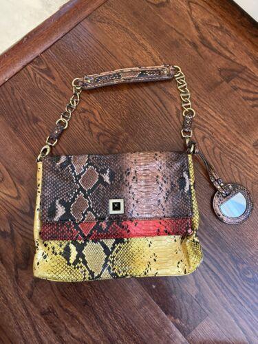 Greta Shoulder Bag