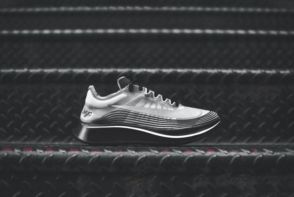 NIKELAB ZOOM FLY SP NYC NEW YORK CITY BLACK WHITE Nike AH5088-001 Men shoes sz 7
