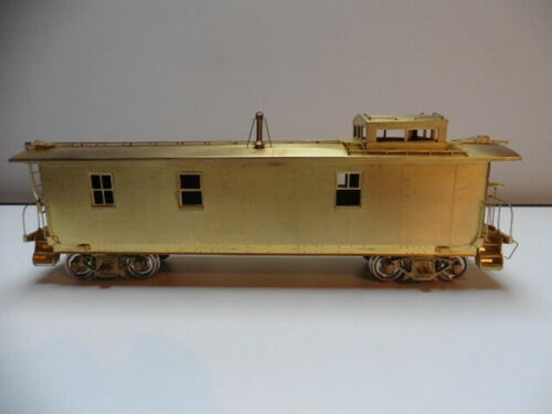 OMI Overland NYC New York Central Pacemaker Caboose Steel sides unlackiert Spur
