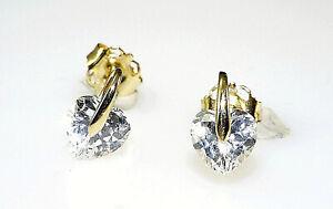 333-Gold-kleine-Herz-Ohrstecker-1-Paar-8-x-5-mm-Groesse-mit-Zirkonia-Steinen