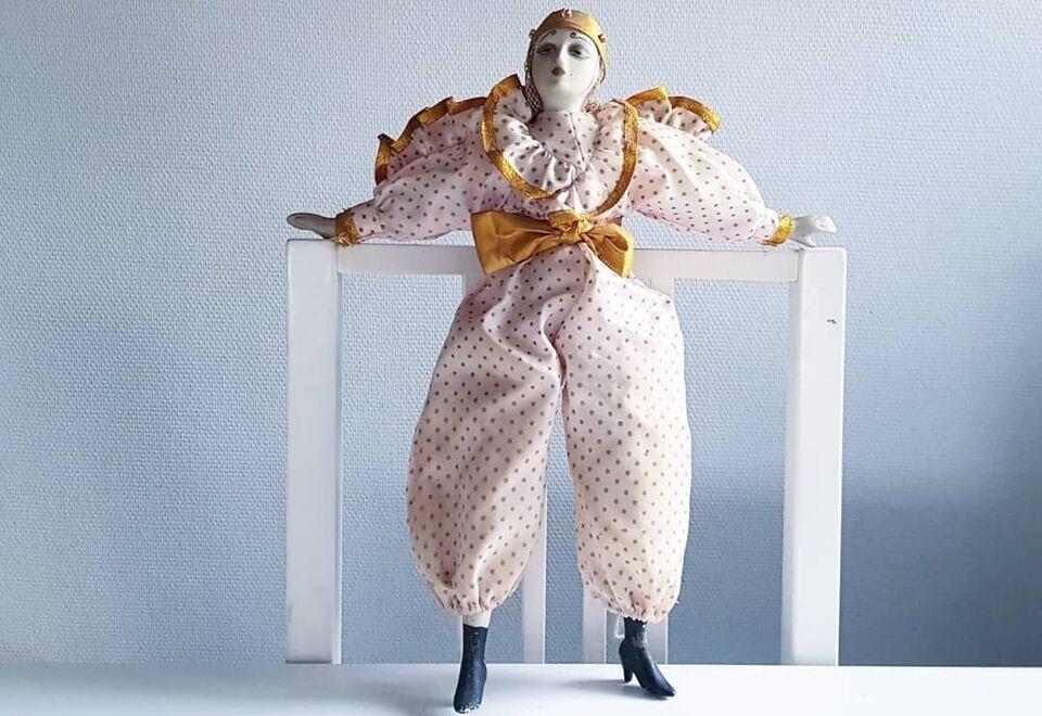Dukker, Dukke i art deko stil