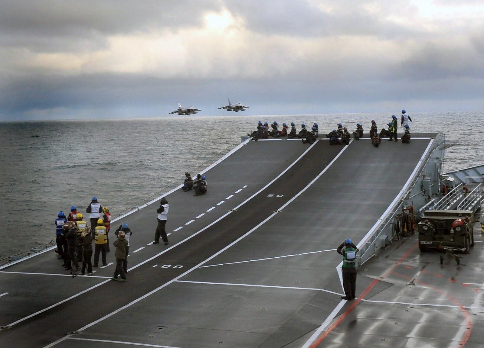 Aircraft Carrier HMS ARK ROYAL FINAL FLIGHT   Photo Print