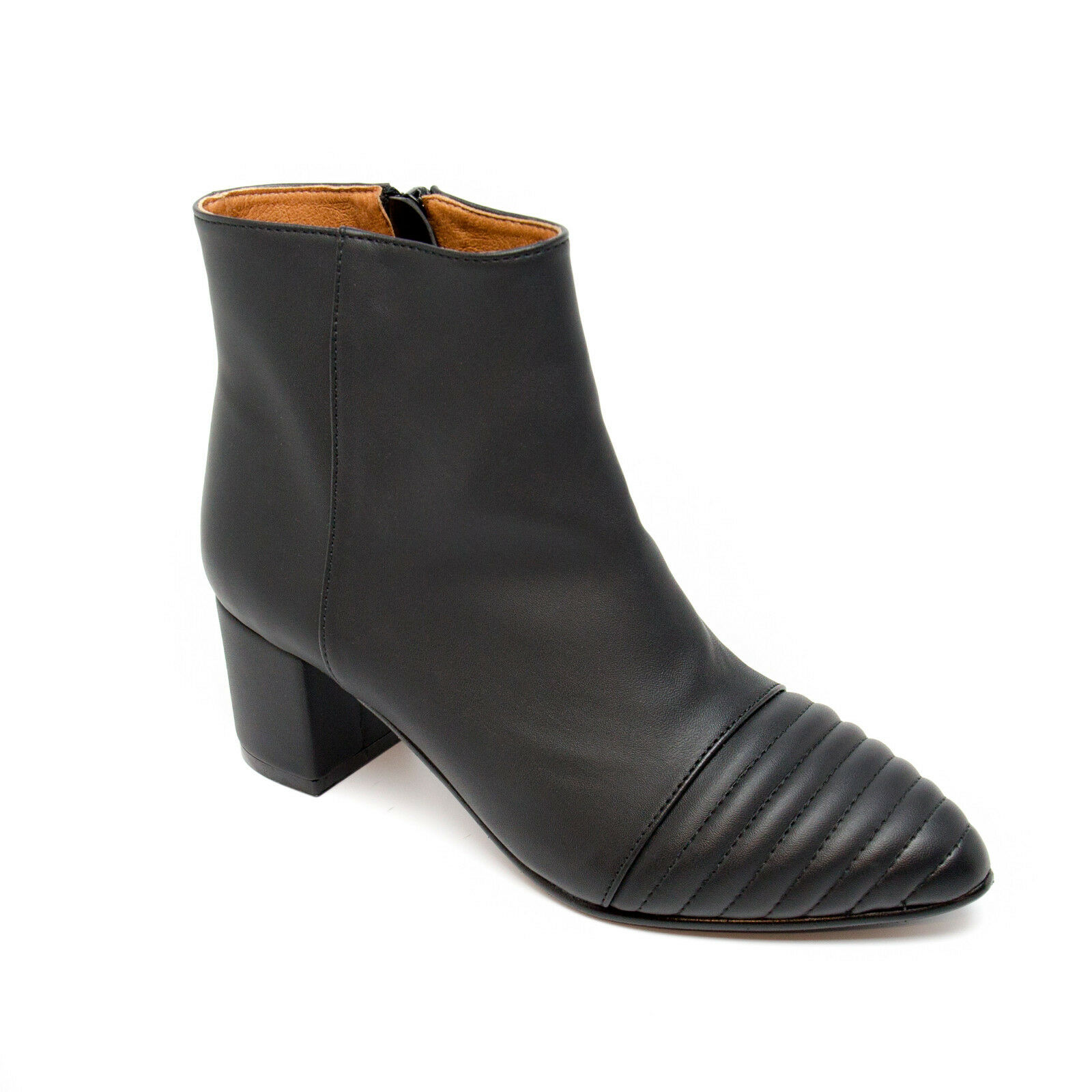 Woman vegan ankle boots point cap toe made of ecological microfiber zip on