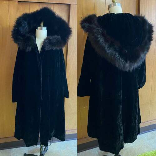 VTG Velvet Real FUR Hood Opera Evening Coat Victor