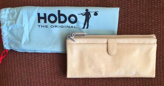 Taupe Ash Nwt Women/'s Hobo International Leather Wallet Rachel