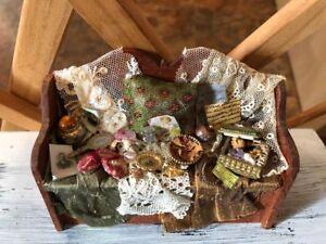 Vintage-IGMA-SIGNED-Artisan-Dollhouse-Miniature-Wood-VIctorian-Bench-Carol-Smith