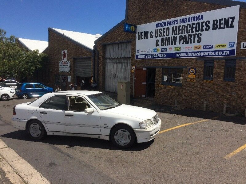 BENZO PARTS NOW STRIPPING: 2000 MERCEDES-BENZ C200 W202 MANUAL | Parow on