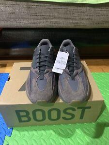 21bc064c8 Image is loading adidas-yeezy-700-Size10-5-EE9614-MAUVE