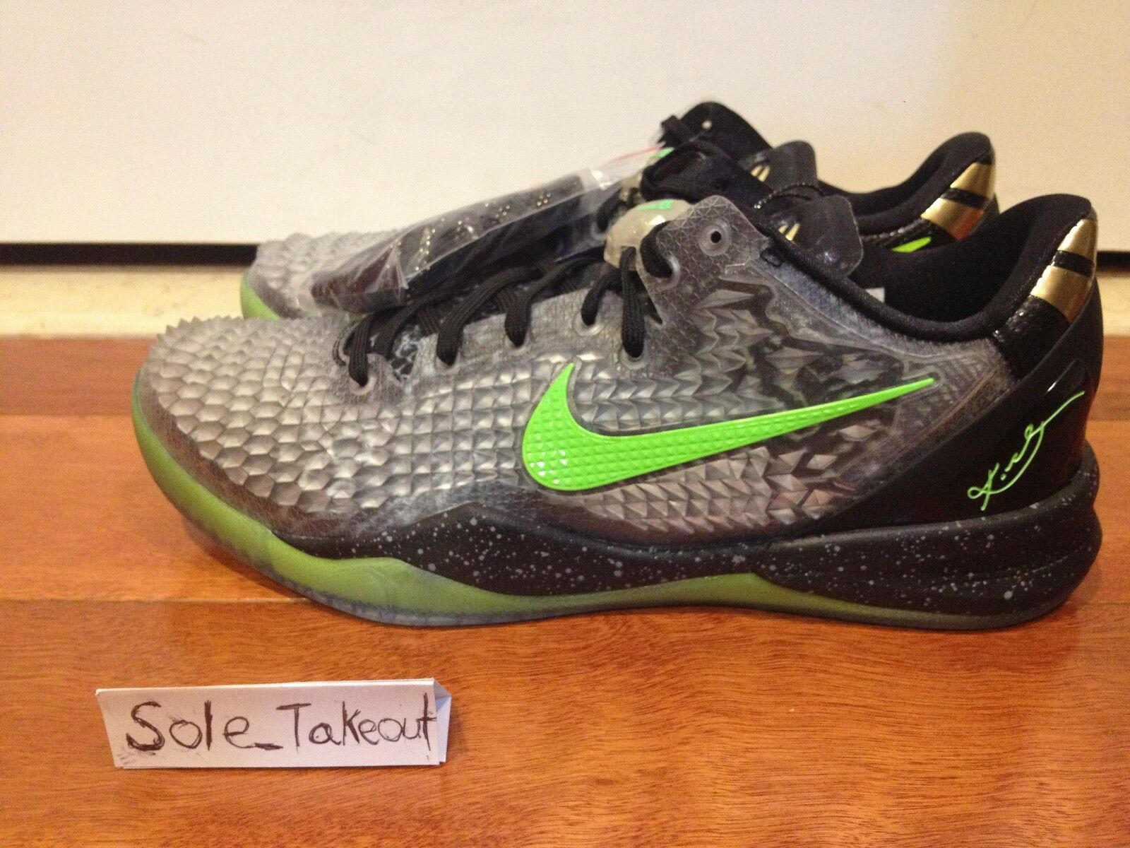2014 NIKE KOBE VIII 8 CHRISTMAS XMAS SPIKES Green Black Men Sz: 10 ...
