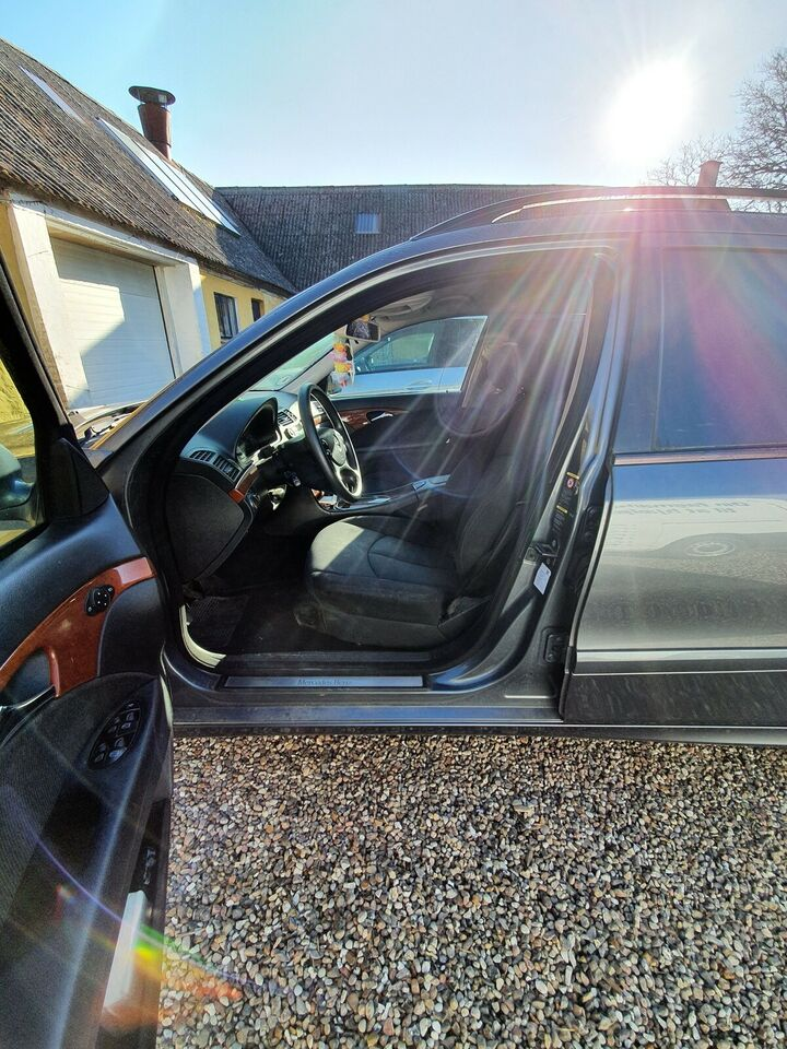 Mercedes E220, 2,2 CDi Classic stc. aut., Diesel