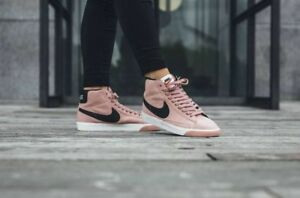 half off 74d3e 120e2 Image is loading Nike-Mid-Blazer-Vintage-Trainers-Pink-And-Black