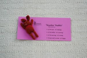 039-Weather-Wabbit-039-Knitted-Bunny-Rabbit-Novelty-Hand-made-100-Charity