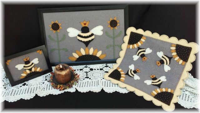 PATTERN~*Her Majesty*~ Queen Bee Candle Mat Set~PATTERN!