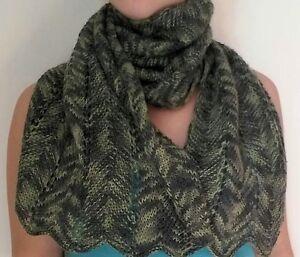 negozio online c95bc 9a059 Dettagli su sciarpa invernale fatta a mano ai ferri,colore multicolore verde