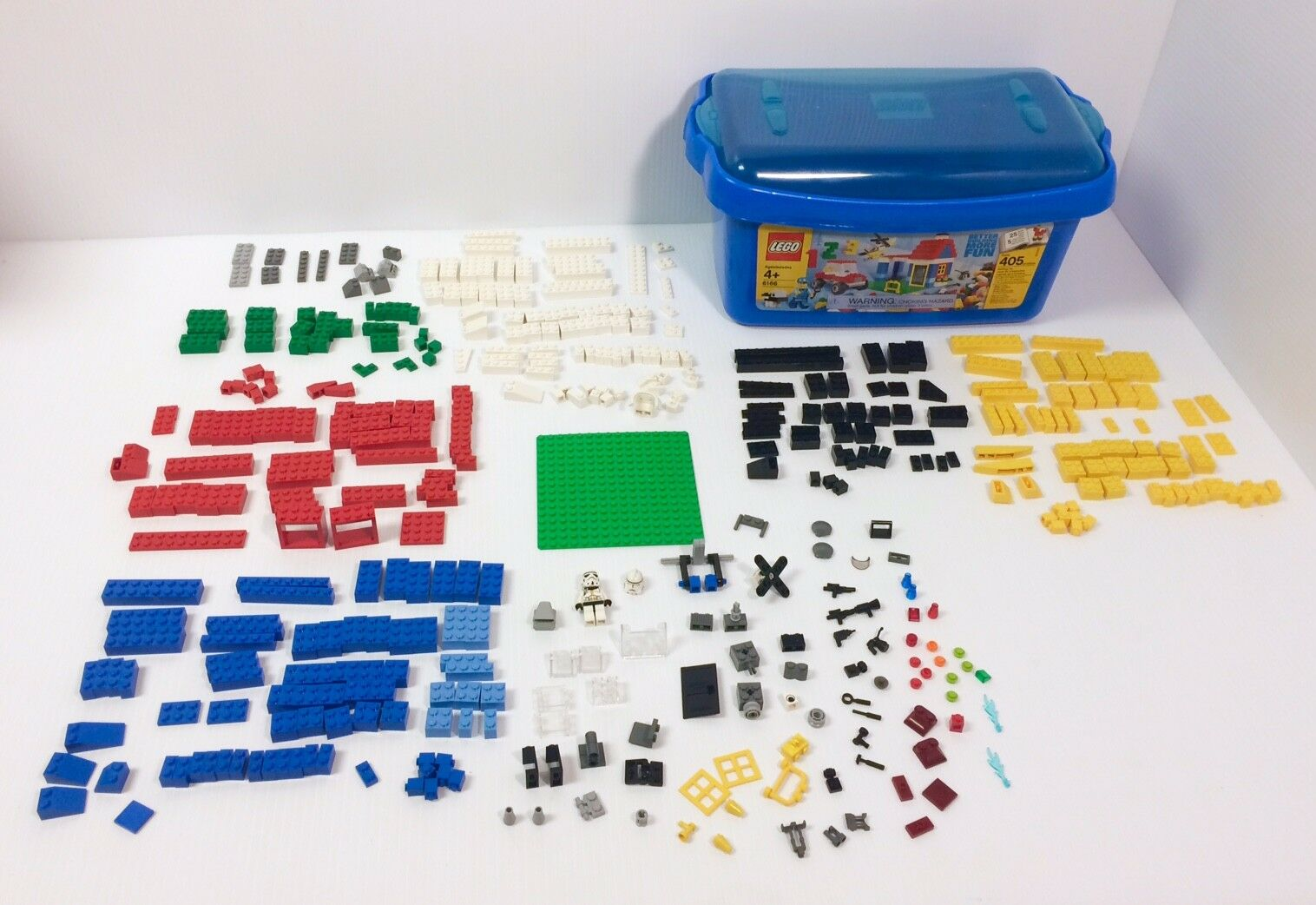 Legos with Tub Over 400 400 400 Pieces Mini figure Tools Weapons Included Good Condition dcd81d