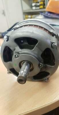 New Alternator Bosch Steyr Linde Deutz Fahr Fendt 12V 65A