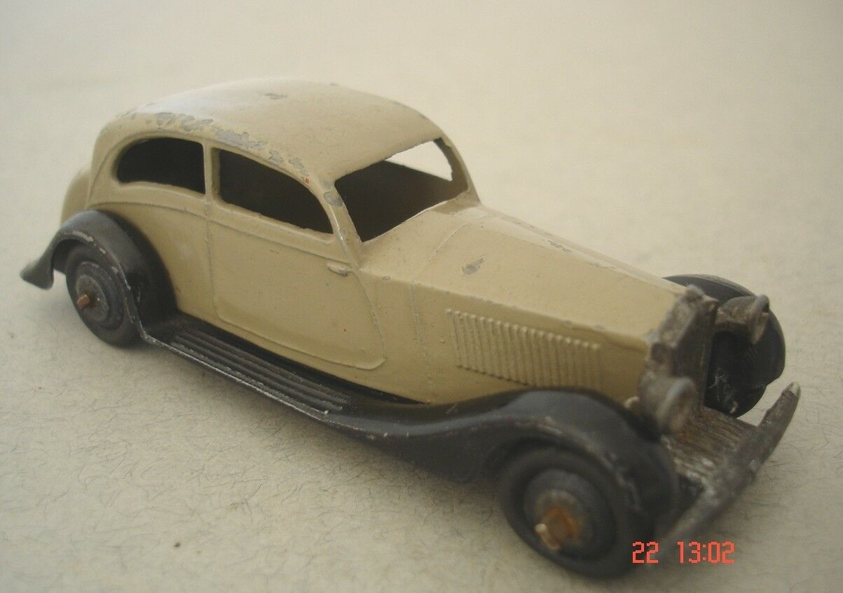Dinky Toys Early Version Rolls Royce Saloon Car 1940's Dinky Toy
