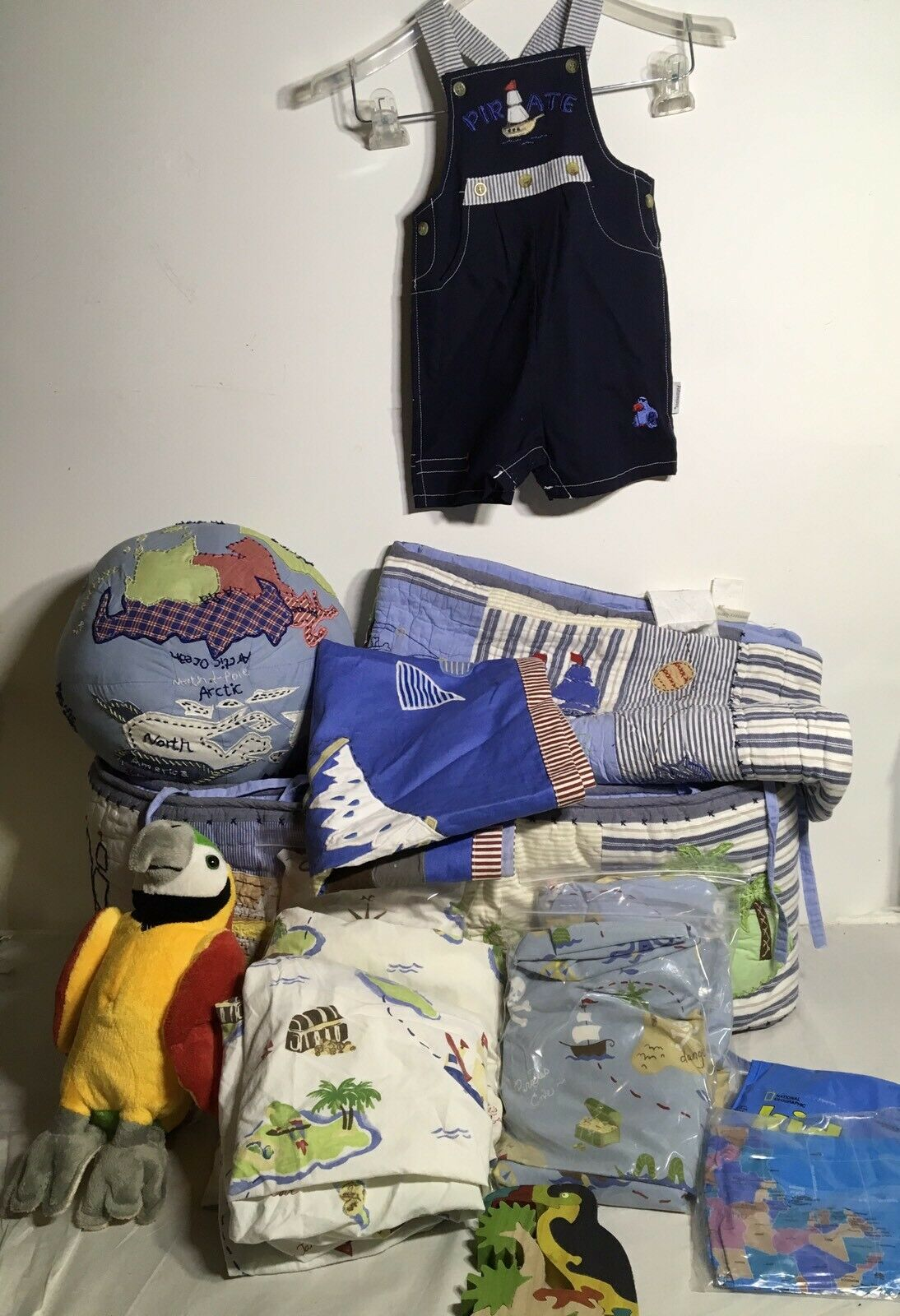 POTTERY BARN Kids Baby treasure Cove Pirates Set 14 Crib Quilt pare-chocs Feuilles