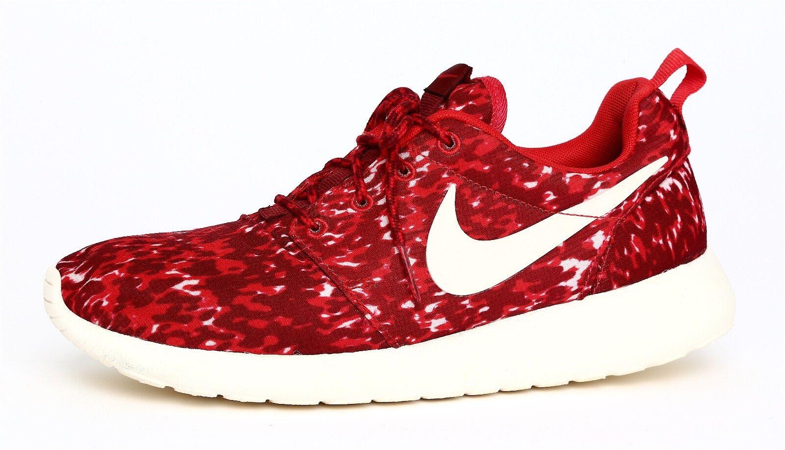 Nike Roshe Women's Red White Sneaker Sz 7 8124