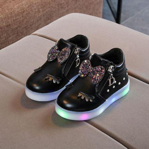Zapatos de niños Luces Zapatillas de moda para niñas Zapato casual Botas nuevas