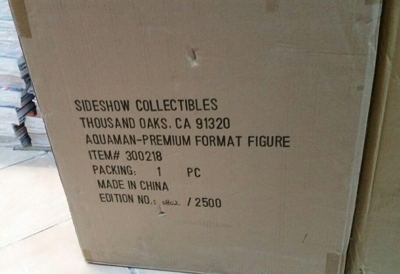 Aquaman sideshow premium format statua 1/4 dc justice league batman flash cyborg
