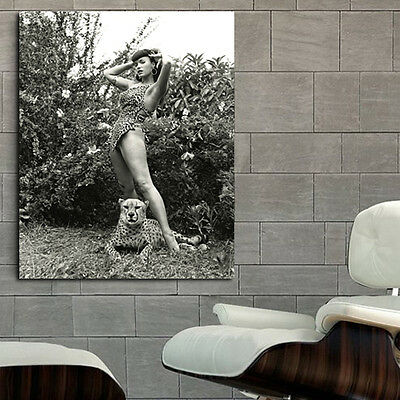 Poster Mural Bettie Page Erotic Pin Up Model 40x44 in (100x111cm) Adhesive Vinyl