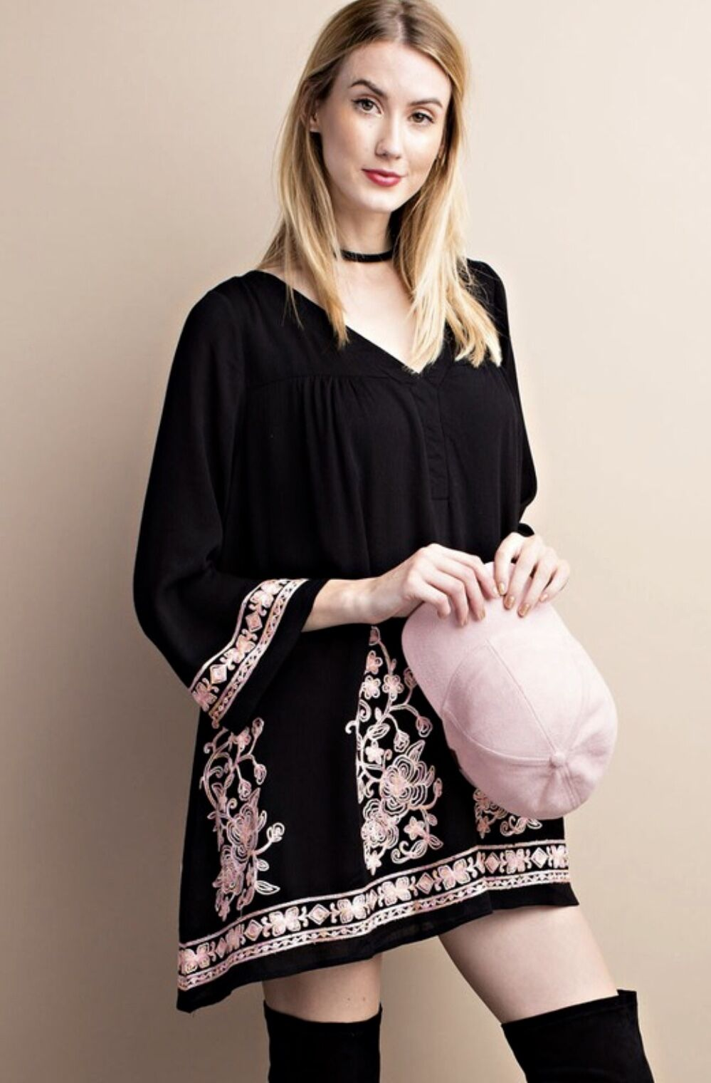 NWT Dress Tunic Floral Embroiderot Swing Mini Bell Sleeves schwarz Rosa lined M