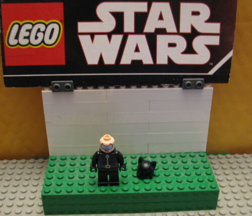 "SUPER HEROES  LEGO  LOT MINIFIGURE   MINIFIG /""  CATWOMAN - 6858   /"""