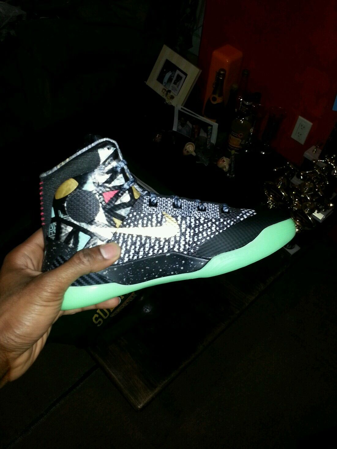 Man's/Woman's: Kobes:  Highlighted style