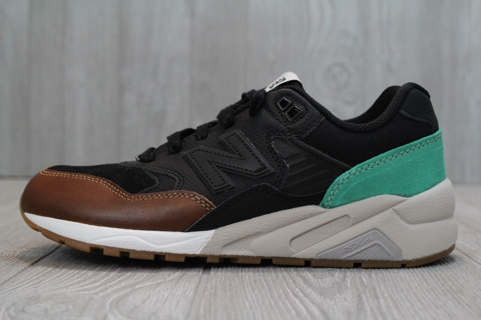 29 New Balance 580 MRT580NK REVlite Mens Running shoes Size 7 NEW Black Green