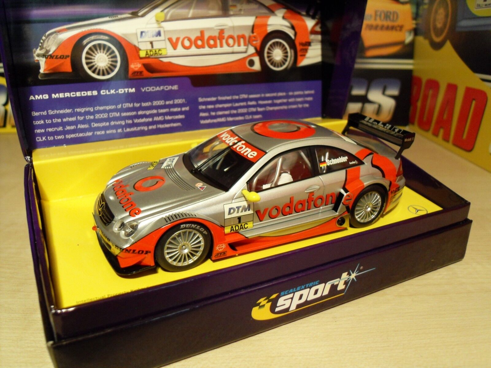 Scalextric C2391a AMG Mercedes CLK-DTM Vodafone  Livery- Brand New in Box