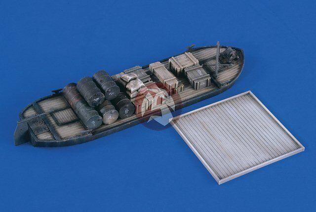 Verlinden 1 35 Waterline Barge w Cargo (w Base for FlaK Barge Conversion) 2369