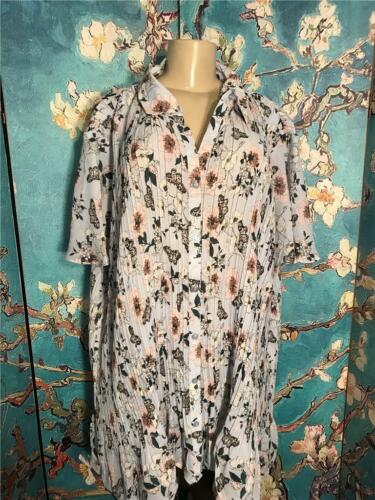 Only Necessities Plus 3X Blue Butterfly Crinkle Button Short Sleeve Tunic Top