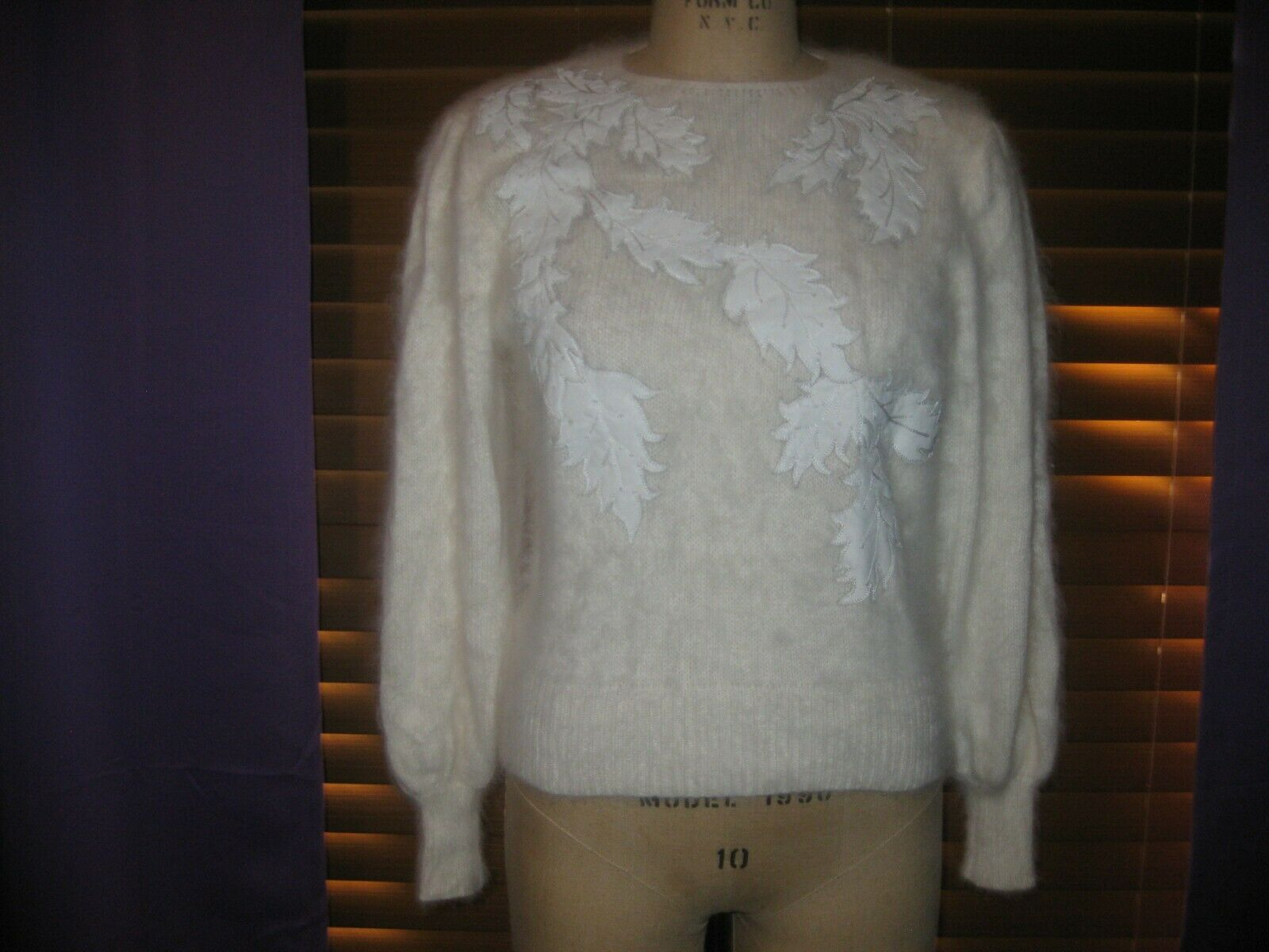 LUXURIOUS HAND KNIT ANGORA SWEATER WITH GENUINE LEATHER LEAF APPLIQUES SZ M NWOT